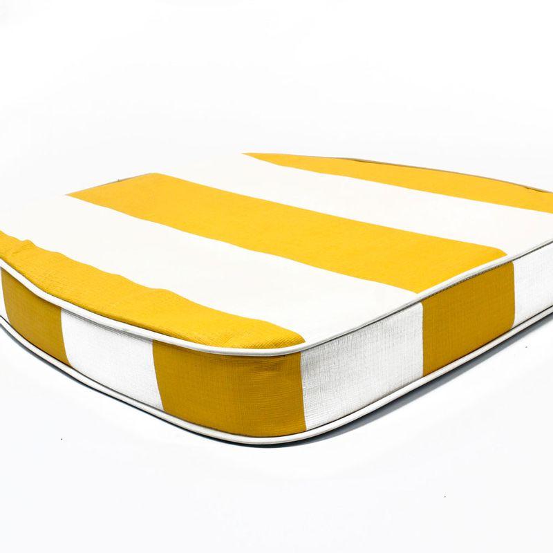 almohadon-de-jardin-blanco-y-amarillo-02